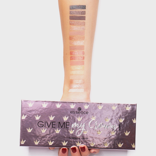 Royal Party Give me my crown! eyeshadow palette Produktbild swatchwhite L