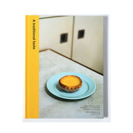 Coffee Table Book - A Traditional Taste product photo
