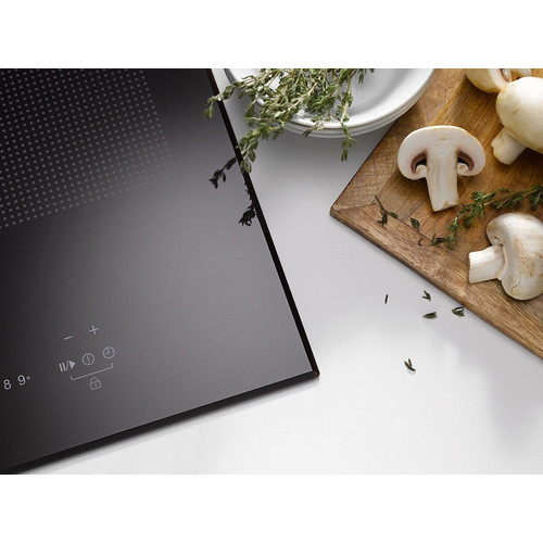 KM 6381 Induction hob with onset controls product photo Laydowns Back View L