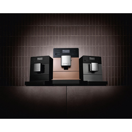 CM 5500 Countertop coffee machine product photo Laydowns Detail View L