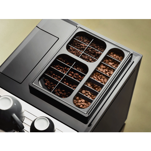 CM 7750 Benchtop coffee machine product photo Laydowns Detail View L